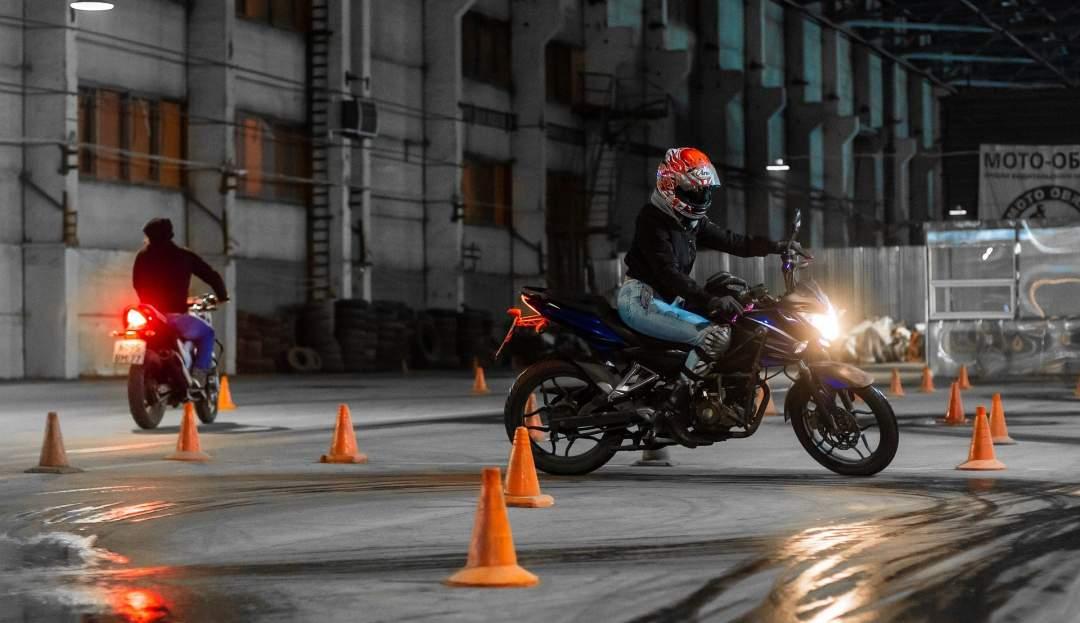 「女のバイクは危ない」は科学的には嘘と判明 34