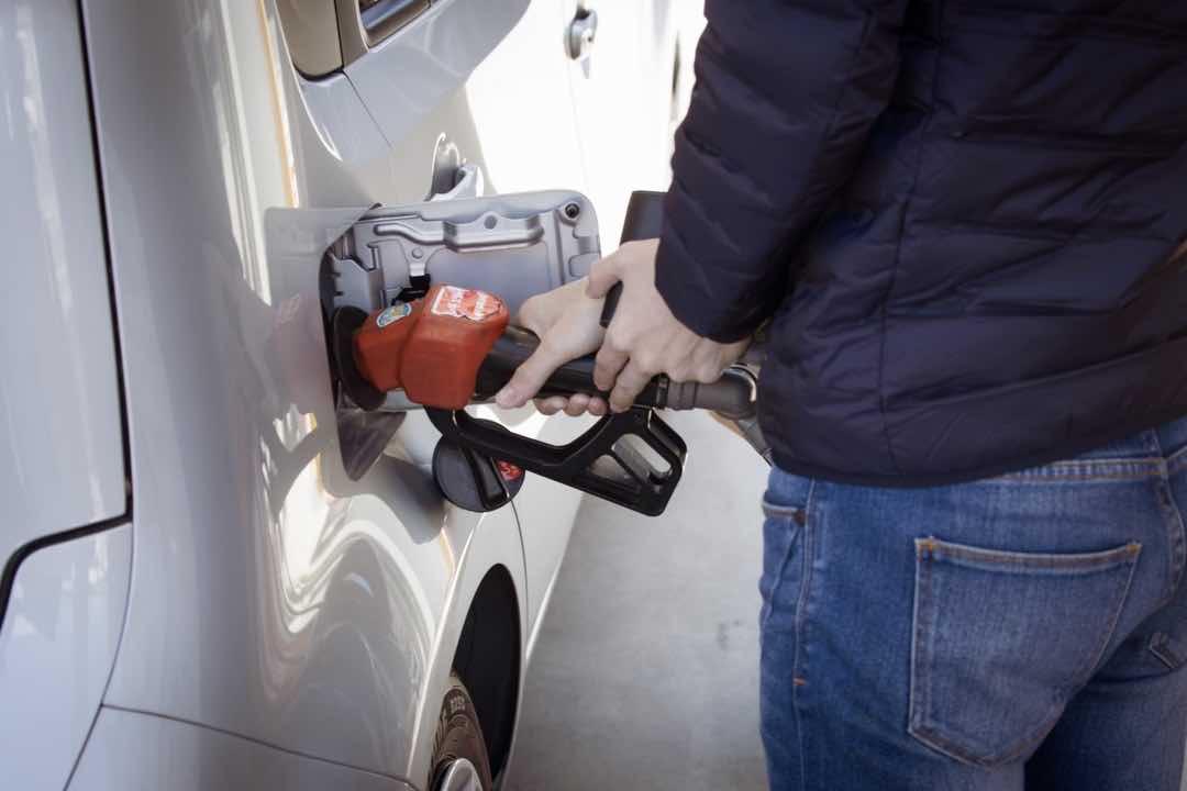 ハイオク車にレギュラーを入れると逆にガソリン代が高くなる理由 23