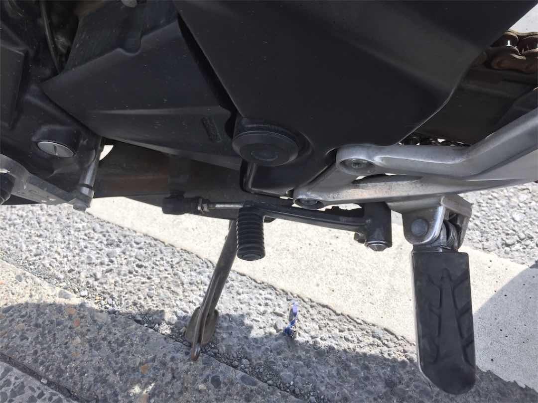 バイクのシフトペダルが曲がった時の対処法 17