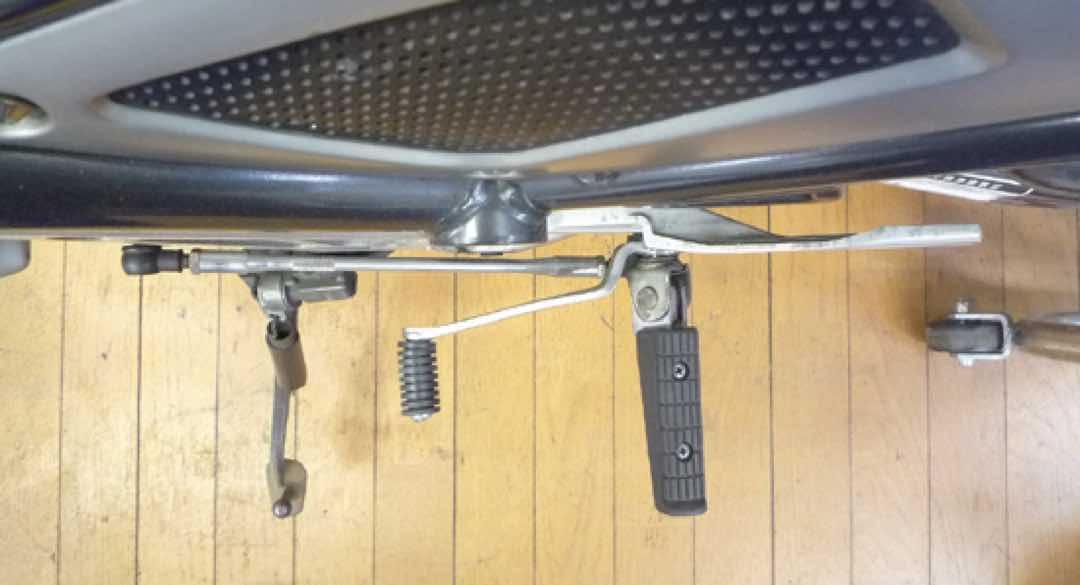 バイクのシフトペダルが曲がった時の対処法 19